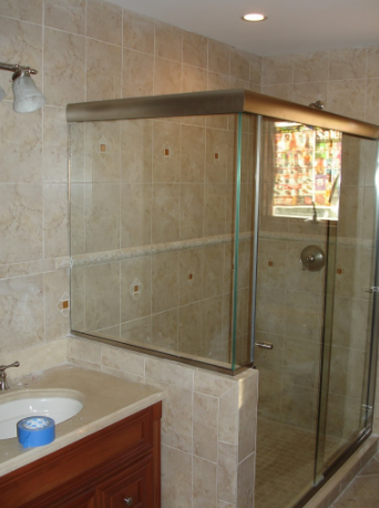 Teaneck Custom Glass Shower Doors
