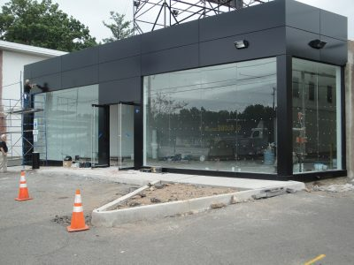 Professional NYC Storefront Glass Service